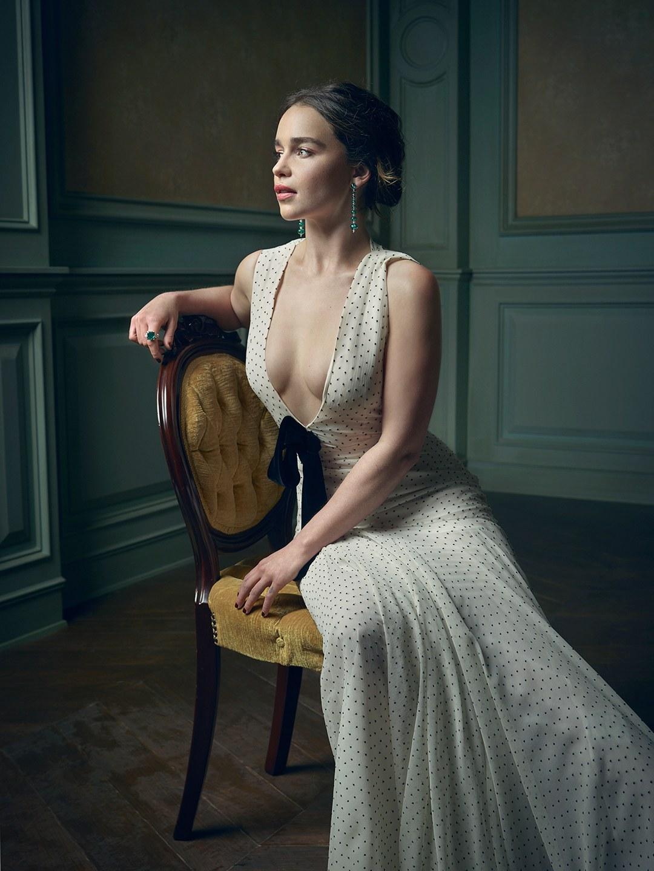 Emilia clarke height