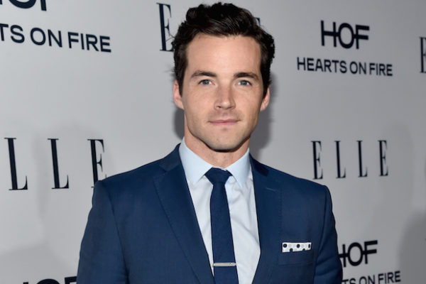 Ian Harding Height Weight Age Girlfriend Salary Net Worth