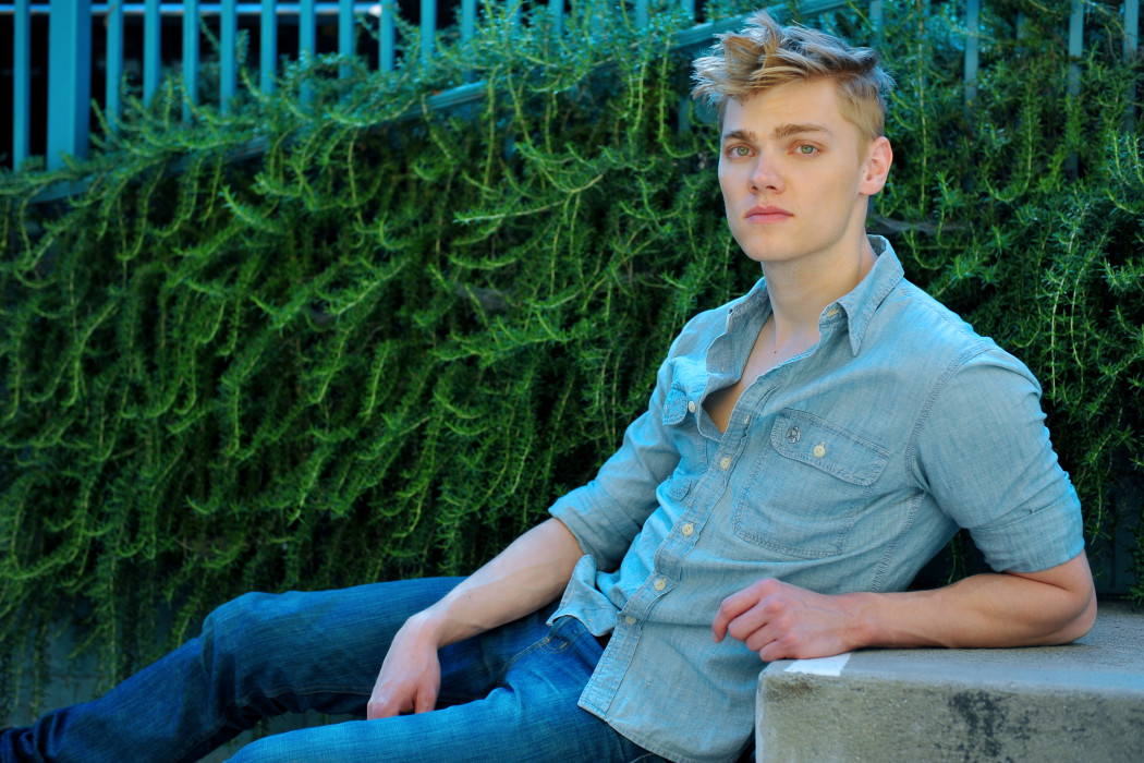 Levi Meaden Wiki Height Weight Girlfriend Age Salary Net Worth