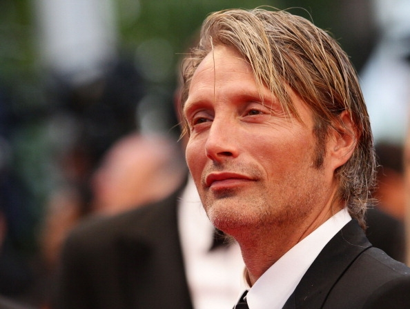 Mads Mikkelsen Height