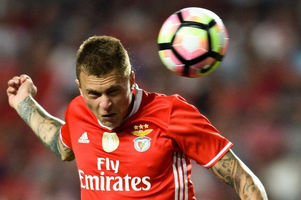 Victor Lindelof Height Weight Age Measurements Girlfriend Salary Net Worth