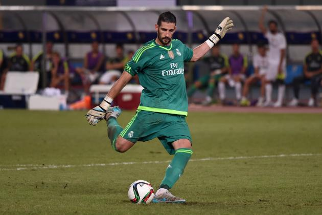 Kiko Casilla Height Weight Age Measurements Girlfriend Salary Net Worth