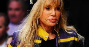 Dyan Cannon Height Weight Body Measurements